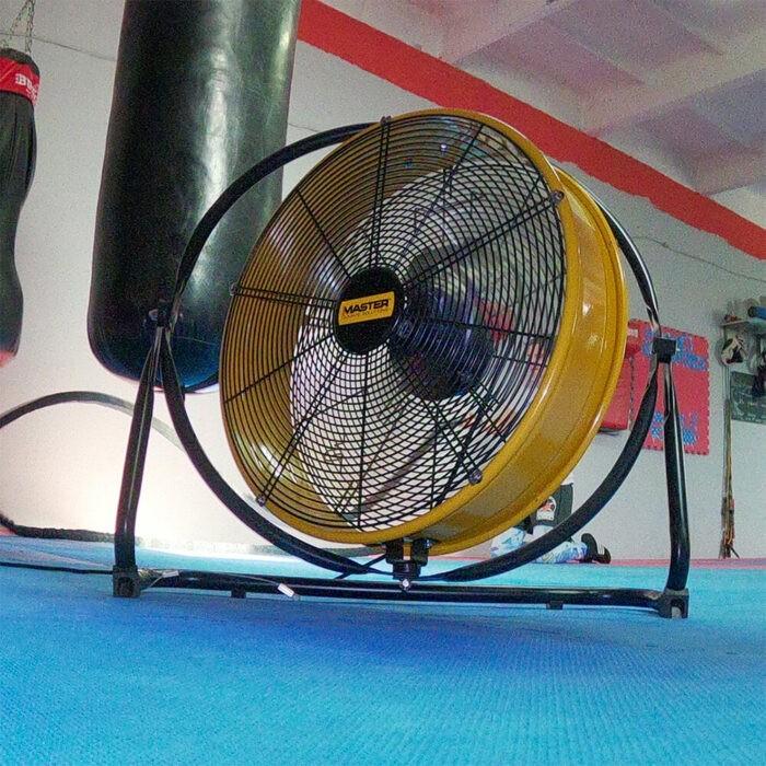 Професионален вентилатор MASTER DF 20 P